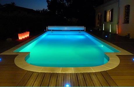Led piscine cool lampe led piscine par pool light for Lampe piscine bois